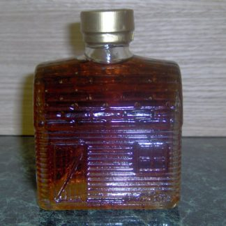 Hilltop Boilers Pure Maine Maple Syrup Log Cabin Chalet Glass Bottle-0
